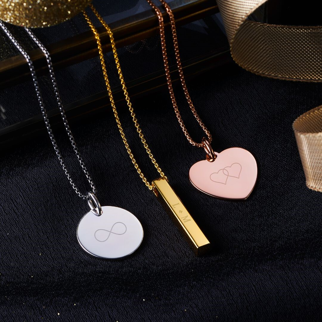 Thomas Sabo - Pendants - Silver Gold Rose Gold Jewellery - Infinity Necklace - Heart Pendant